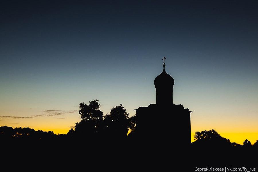 Боголюбово - церковь Покрова На Нерли 2