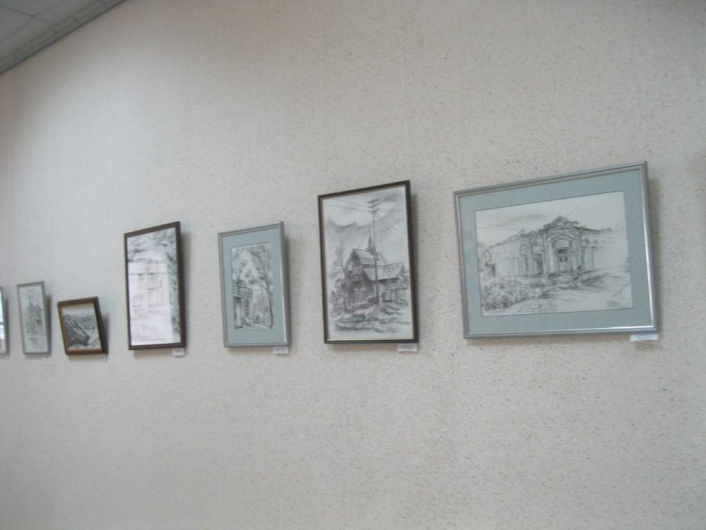 Выставка картин вязниковцев Владимира Ивлева и Елены Дмитриевой 06