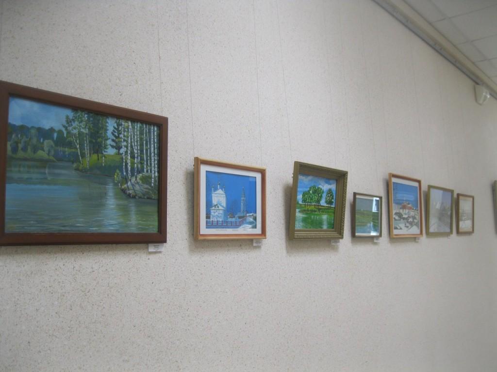 Выставка картин вязниковцев Владимира Ивлева и Елены Дмитриевой 08