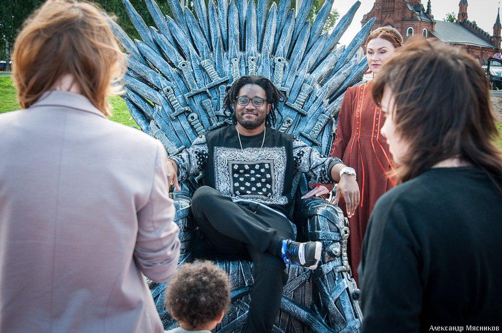 Железный трон Вестероса во Владимире 10