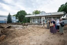 Молебен и раскопки у Блинчиков во Владимире