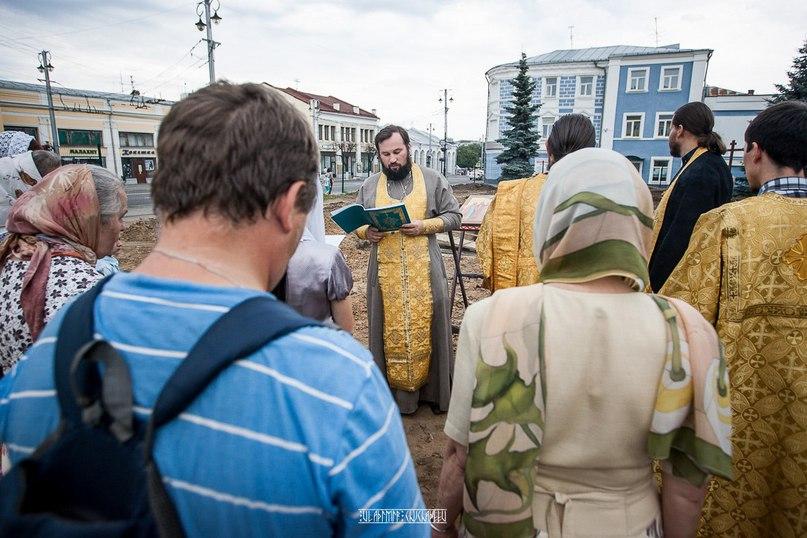 Молебен и раскопки у Блинчиков 06
