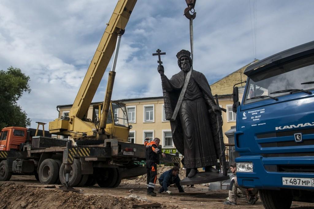 Памятник князю Владимиру во Владимире 01