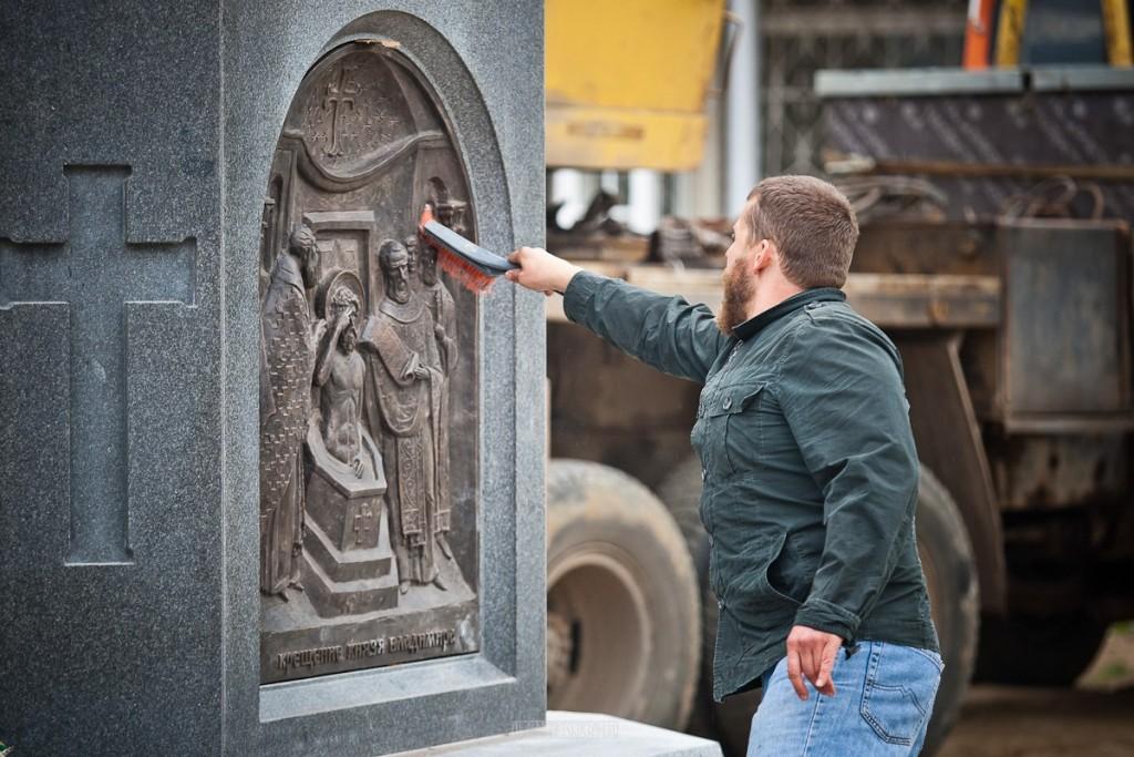 Установка памятника князю Владимиру 12