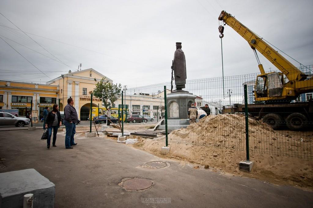 Установка памятника князю Владимиру 19
