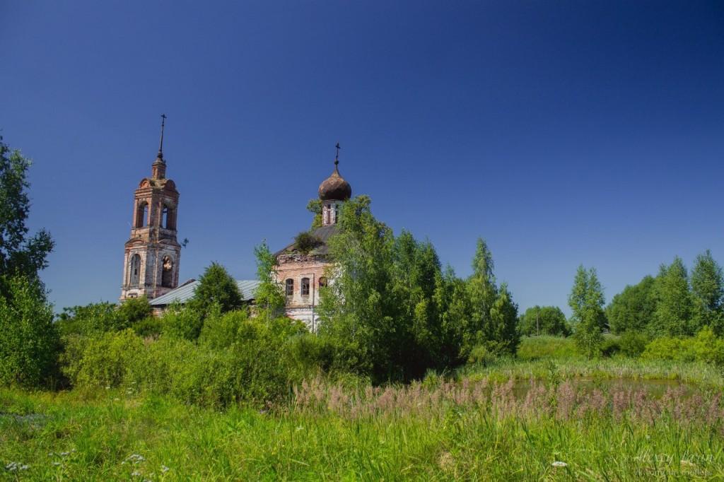 Церковь Введения во храм Пресвятой Богородицы (Камешковский район) 01