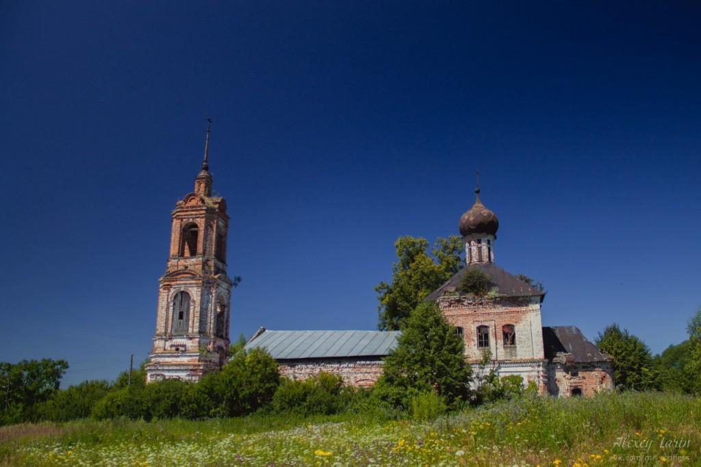 Церковь Введения во храм Пресвятой Богородицы (Камешковский район) 02