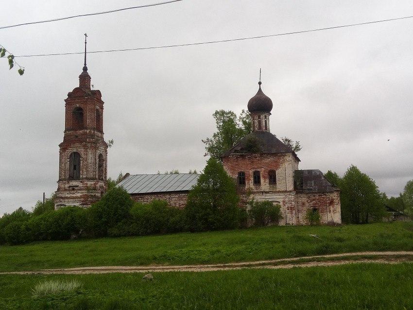 Церковь Введения во храм Пресвятой Богородицы (Камешковский район) 04