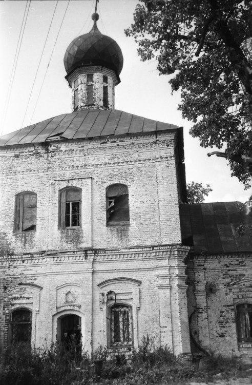 Церковь Введения во храм Пресвятой Богородицы (Камешковский район) 08