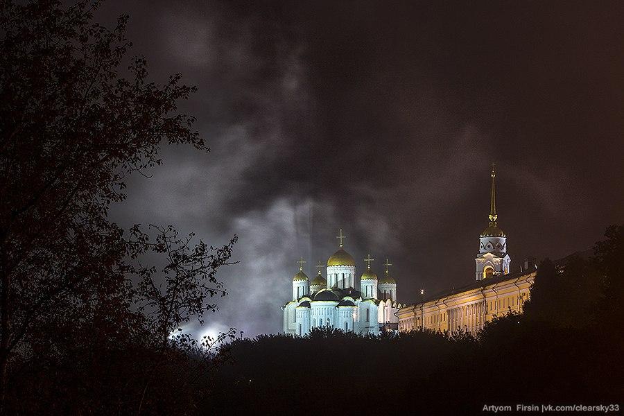 Владимир, одетый в туман 03
