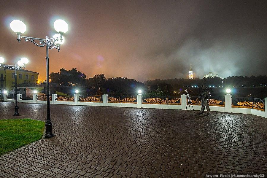Город Владимир одетый в туман 04