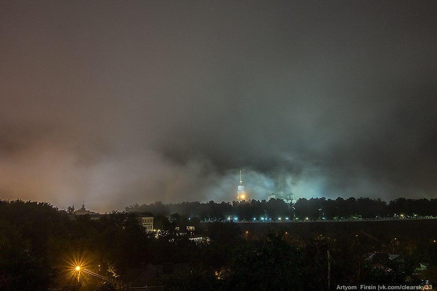 Город Владимир одетый в туман 06