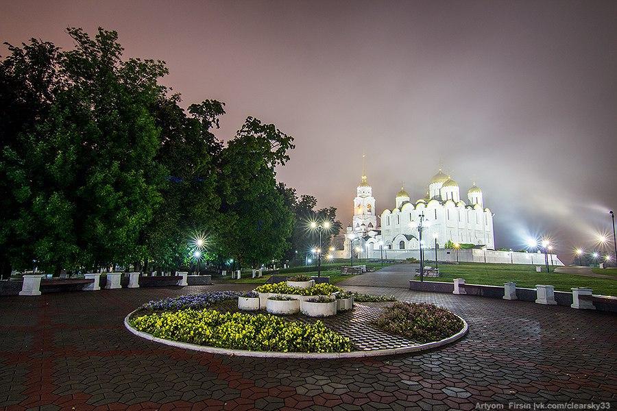 Город Владимир одетый в туман 07