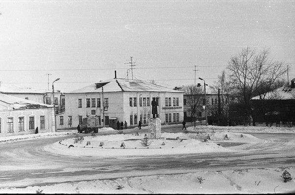 Памятник В. И. Ленину в Юрьев-Польском. 1982 год.