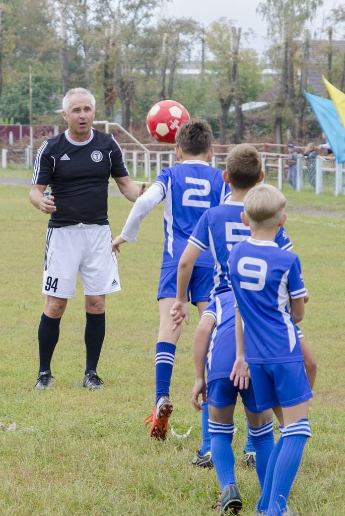 Петушки Товарищеский матч по футболу 03