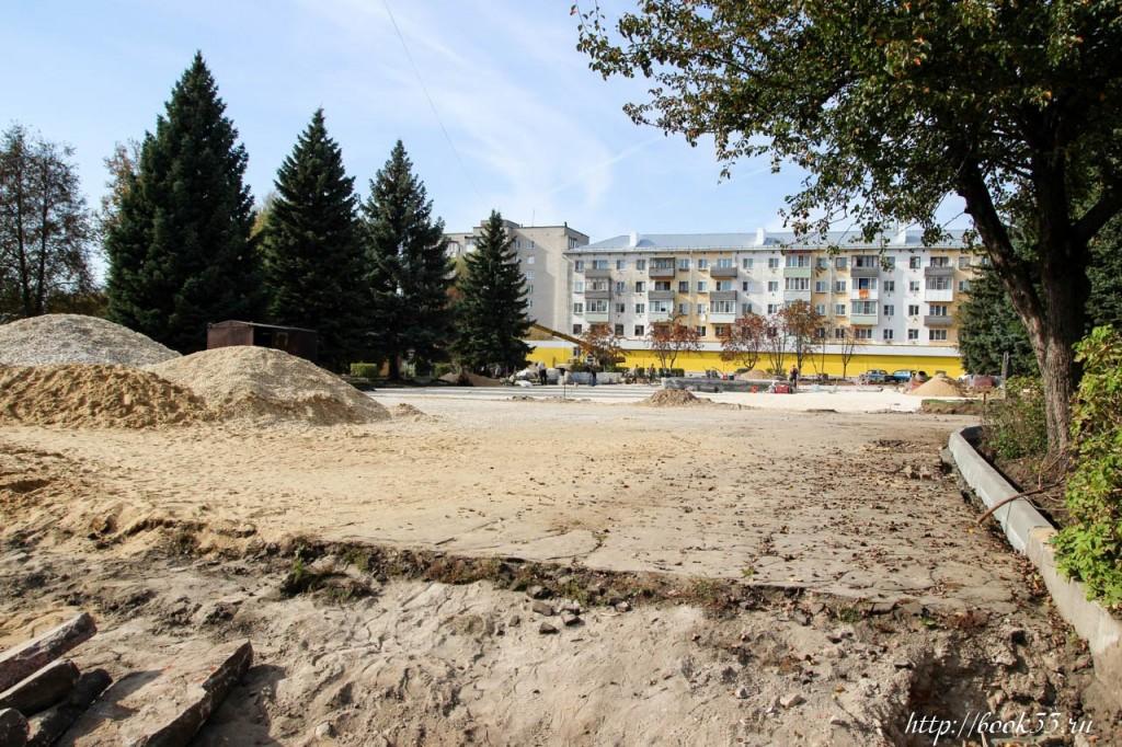 Площадь Прокуророва в активной стадии реконструкции 02