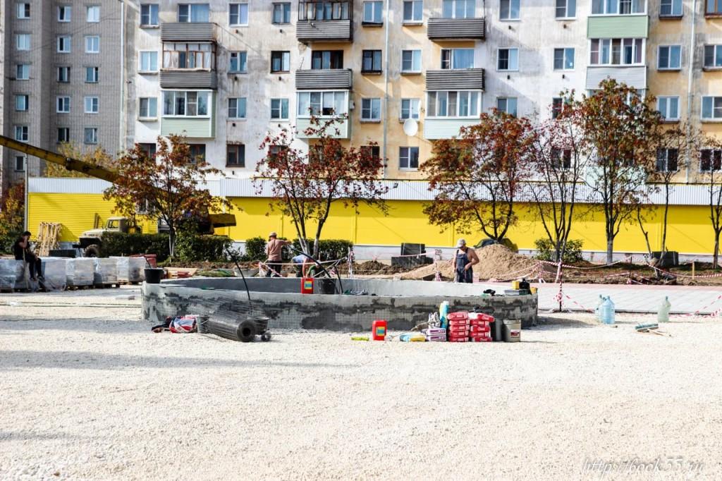 Площадь Прокуророва в активной стадии реконструкции 03