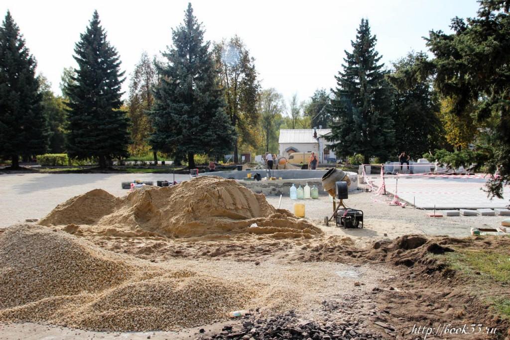 Площадь Прокуророва в активной стадии реконструкции 04