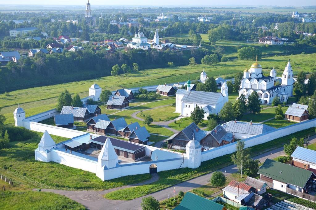 Покровский женский монастырь с высоты