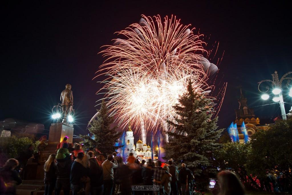 Праздничный Владимир на День города 02