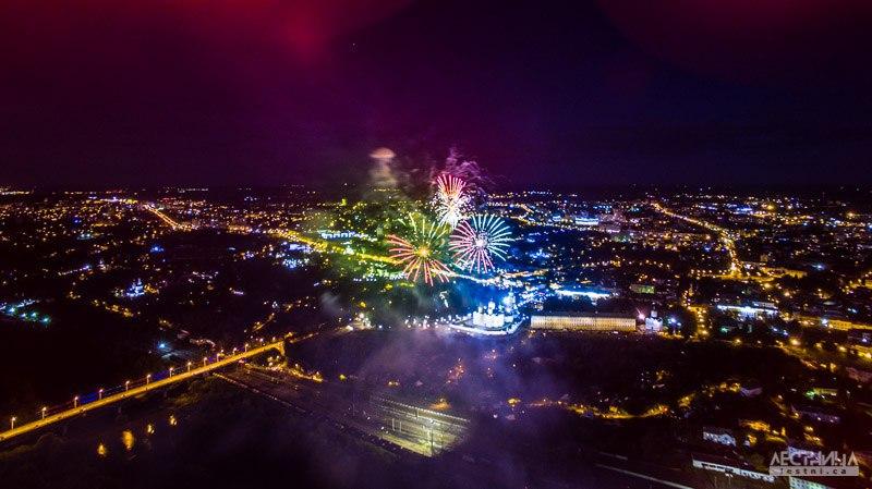 Салют на день города Владимира 2015 с высоты 03