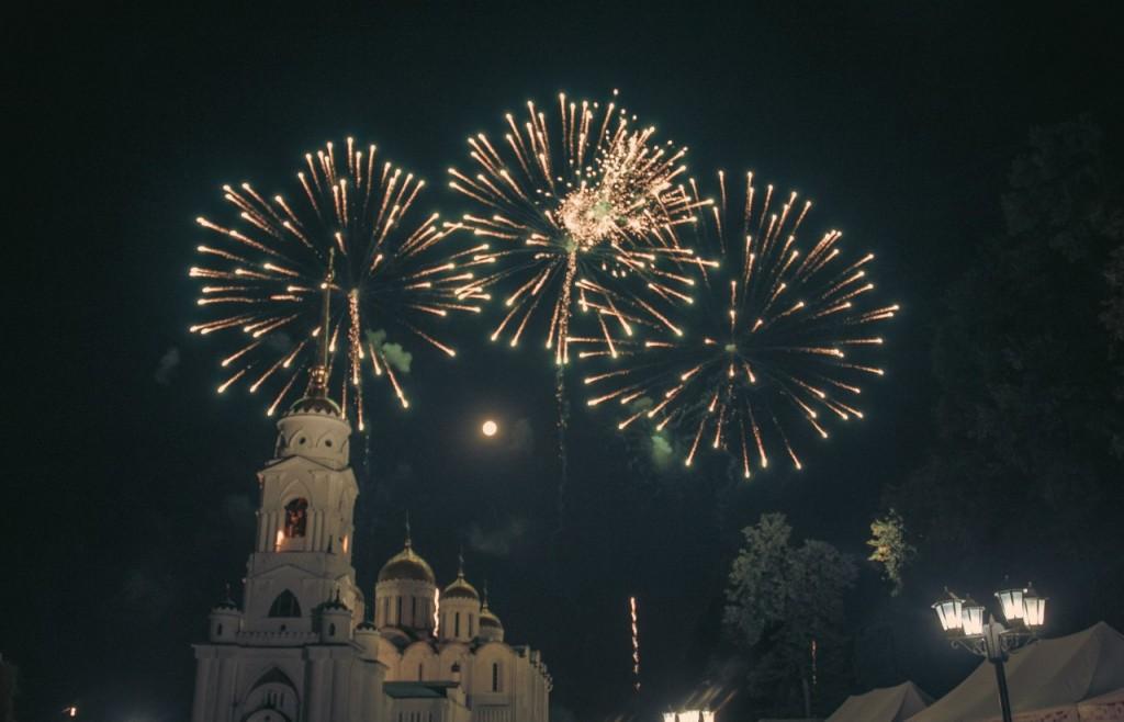 Салют на день города 2015 во Владимире 03