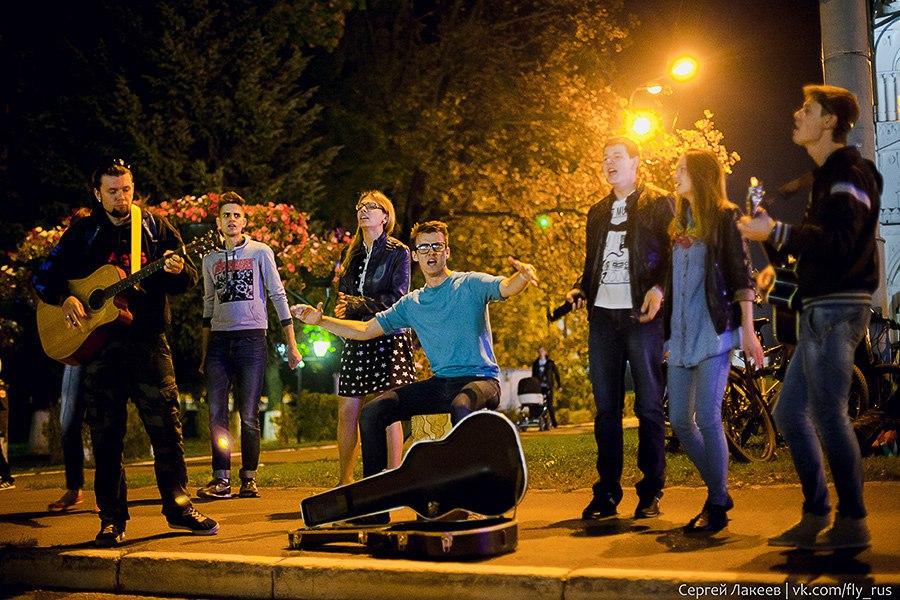 Уличные музыканты во Владимире 02