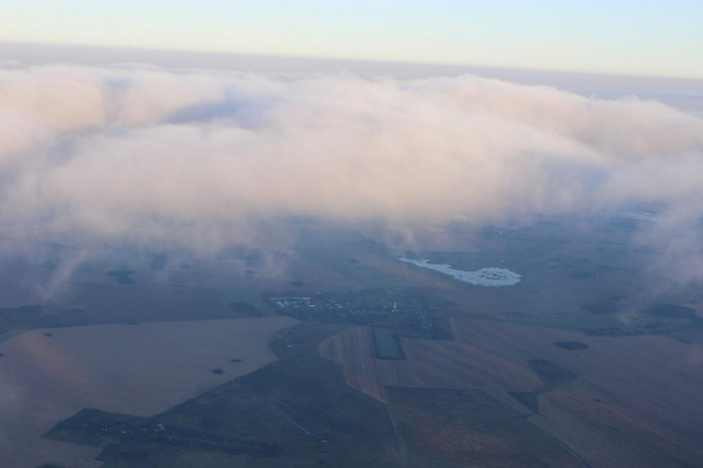 Утренний полет над облаками с парашютистами над Владимирской областью 04