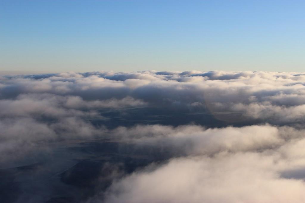 Утренний полет над облаками с парашютистами над Владимирской областью 05