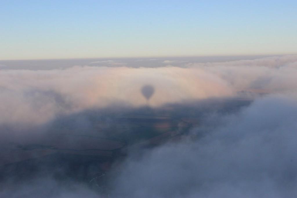 Утренний полет над облаками с парашютистами над Владимирской областью 06