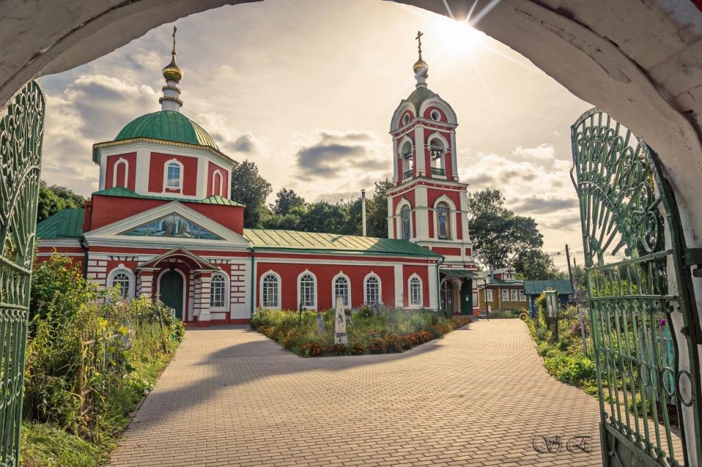 Церковь Воздвижения Честного Креста Господня в Вязниках