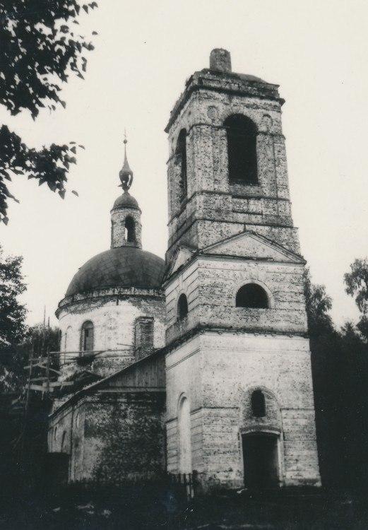 Церковь Покрова Пресвятой Богородицы (д. Глазово) 01