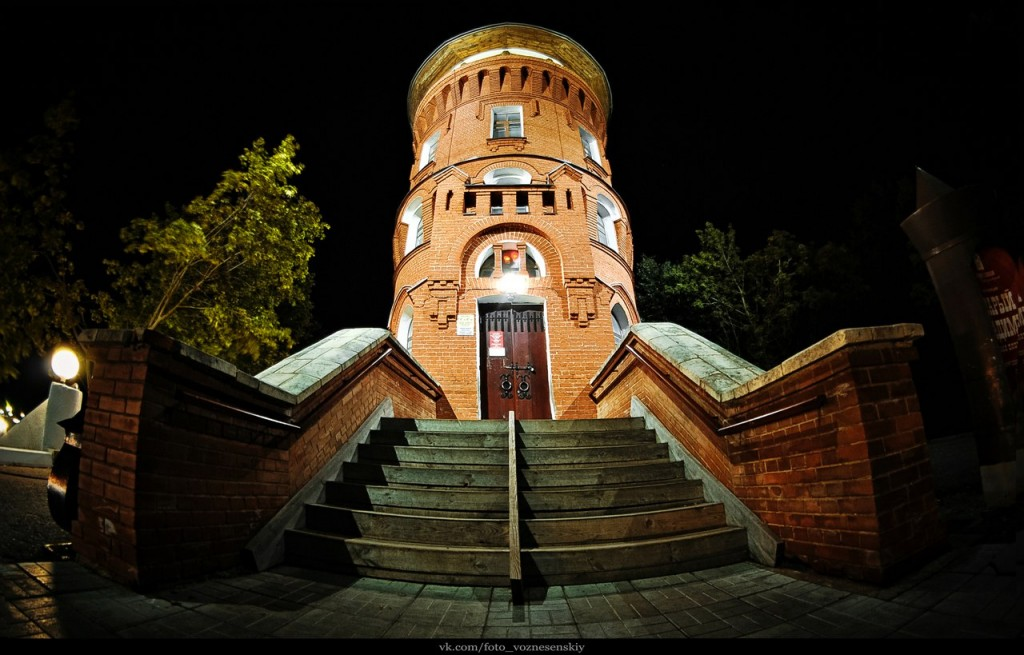Владимирская Башни грифонов