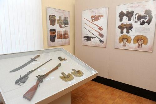 Выставка «Возвращенные к жизни руками реставраторов 02