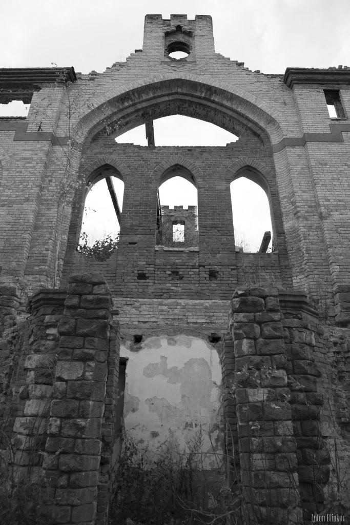 Замок Храповицкого 08