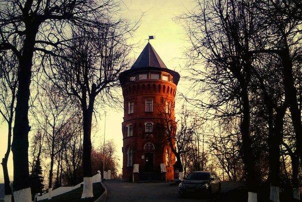 Замок-башня в центре Владимира 03