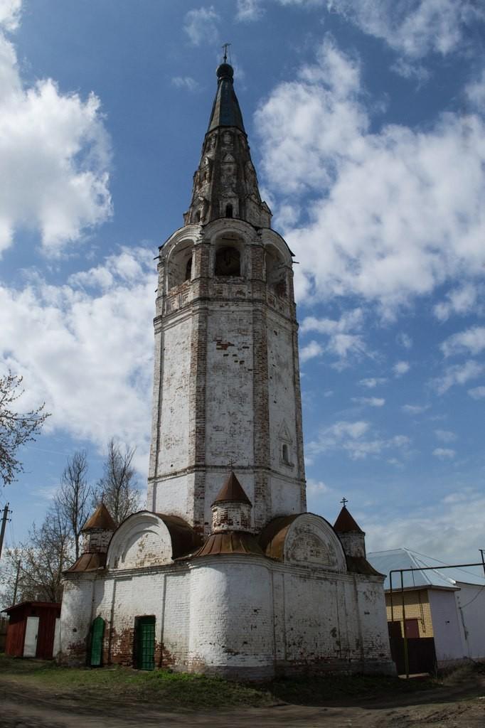 Колокольня Церкви Рождества Христова и Николая Чудотворца (Никологоры)