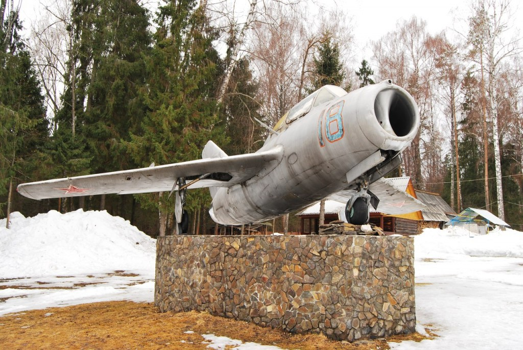 Мемориал на месте гибели Ю. Гагарина 05