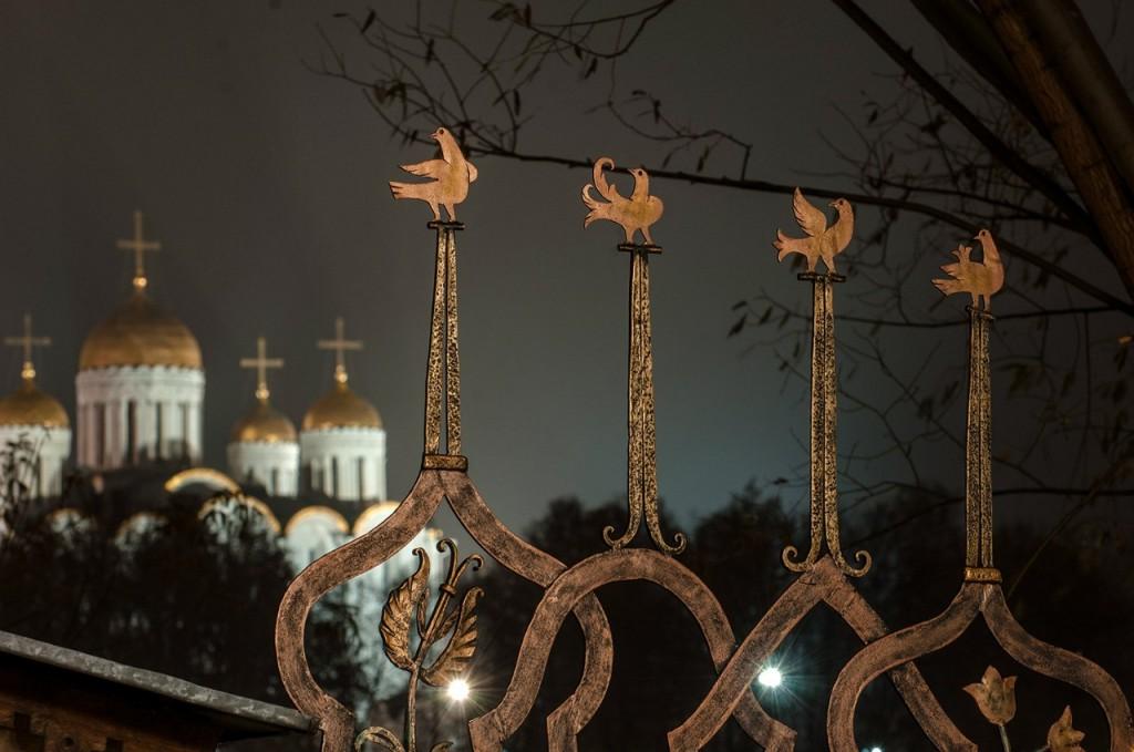 Ночной осенний Владимир 02