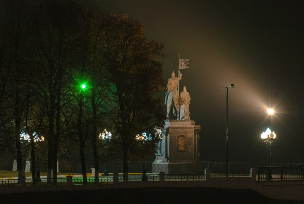 Ночной осенний Владимир 03