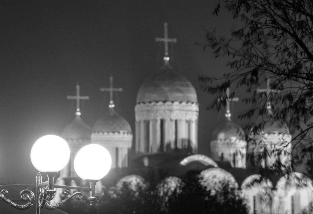 Осенний Владимир в черно-белых тонах 02