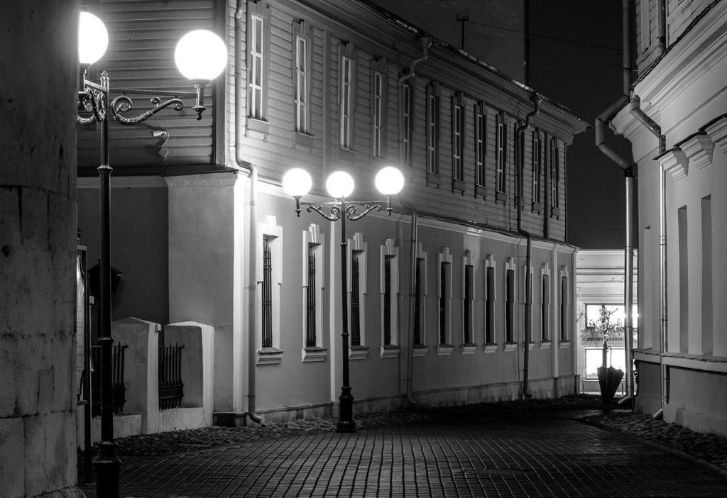 Осенний Владимир в черно-белых тонах 03