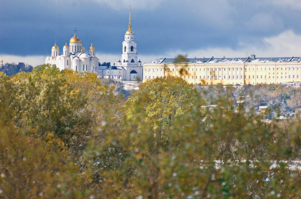 Первый снег во Владимире 01