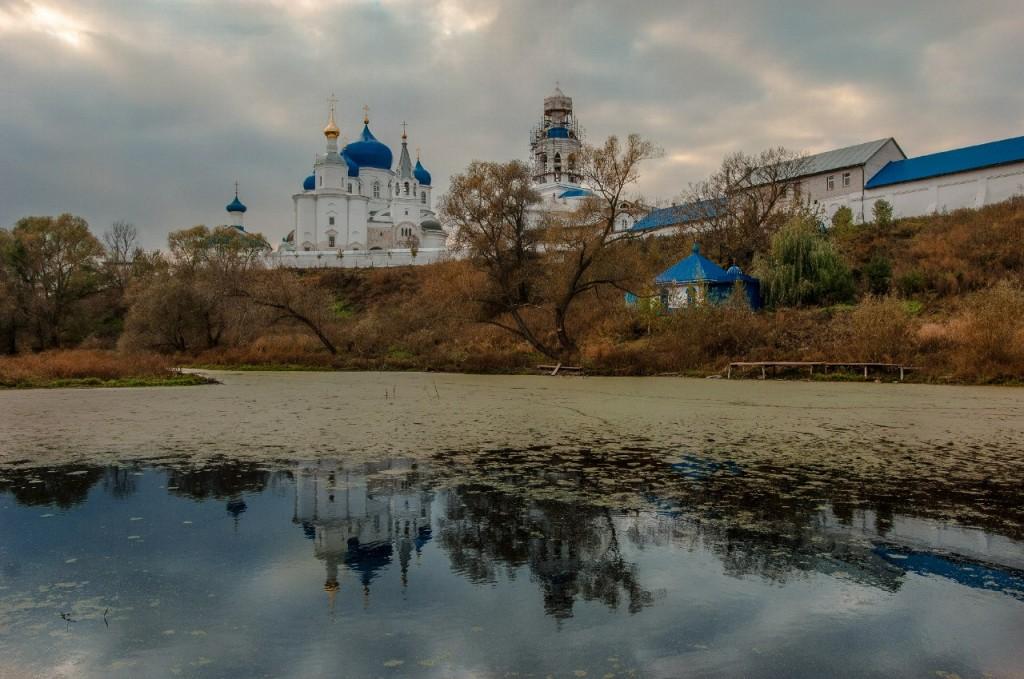 Прогулка к Свято-Боголюбскому монастырю 03