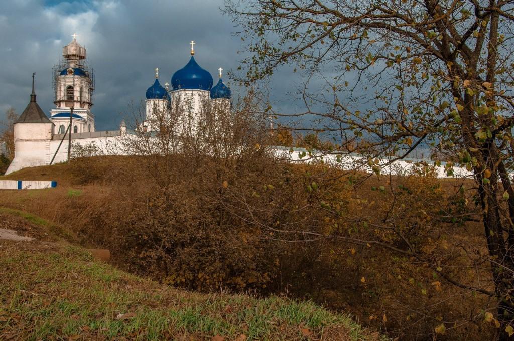 Прогулка к Свято-Боголюбскому монастырю 04