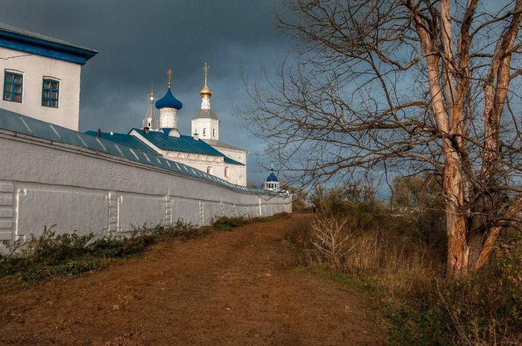 Прогулка к Свято-Боголюбскому монастырю 05