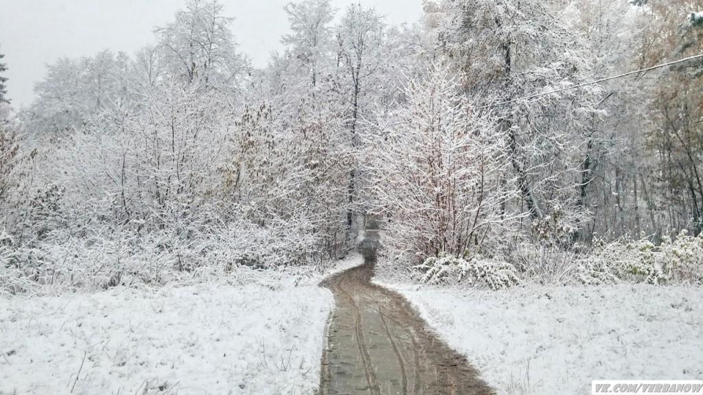 Снежок в теплый день на Вербовском 06