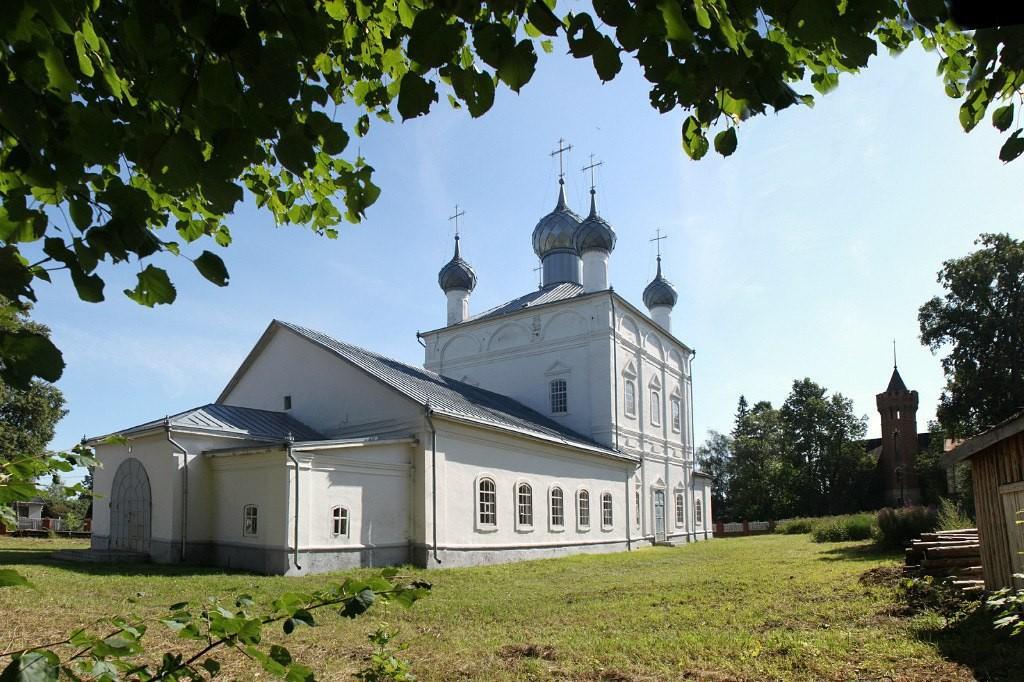 Троицкая церковь в городе Вязники Владимирской области 03