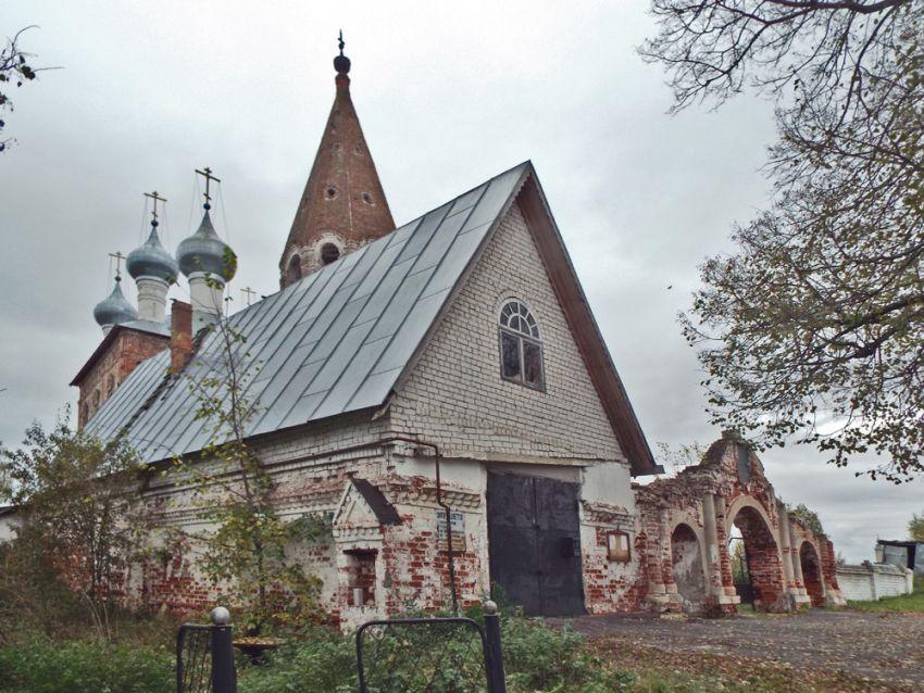 Церковь Казанской иконы Божией Матери (с. Малышево) 08