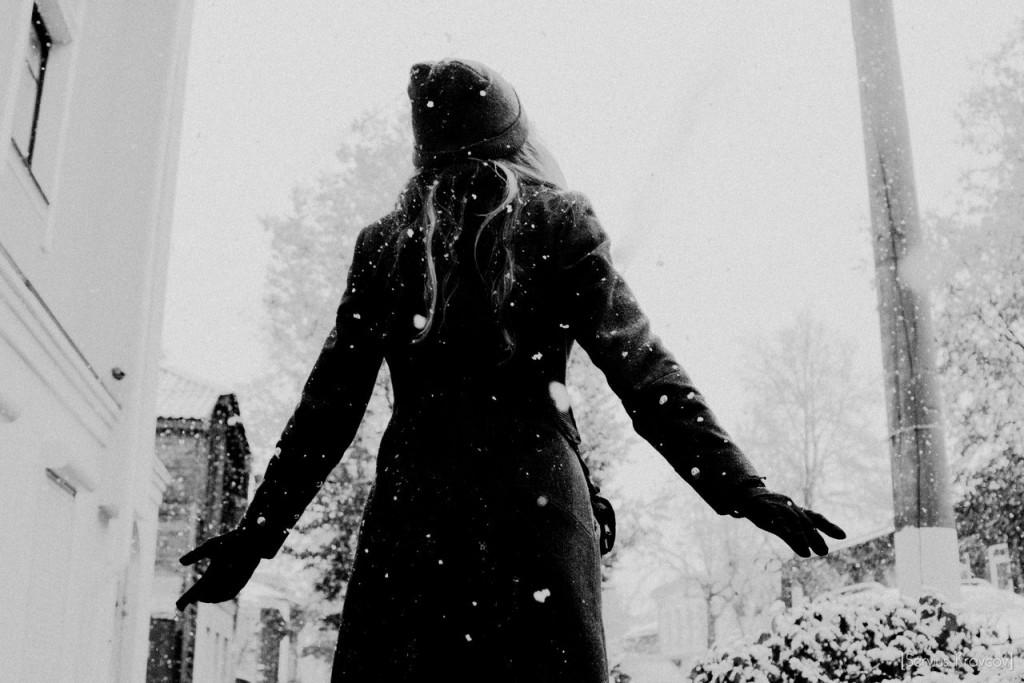 Let It Snow! Let It Snow! Let It Snow! 01